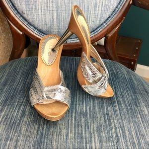 Aldo Wood Silver Heels Size 5
